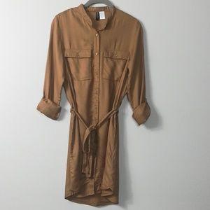DIVIDED shirt dress